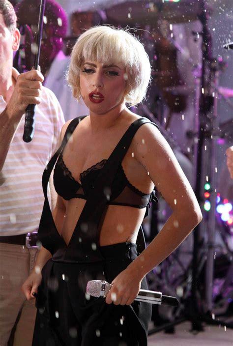 Lady Gaga Wet