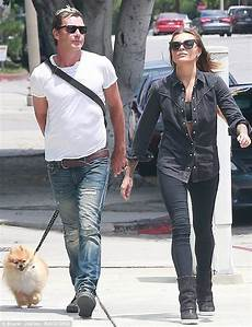 gavin rossdale flaunts much younger lover thomalla