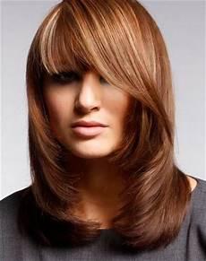 Foto Gambar 11 Model Rambut Sebahu Untuk Muka Bulat