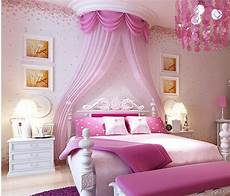 tapete schlafzimmer romantisch modern style small floral wallpaper pink cherry