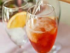 aperol spritz kalorien aperol mit sekt rezept eat smarter