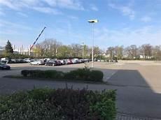 parkplatz hannover flughafen parkplatz mit shuttle service zum flughafen hannover