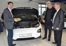 Landau Vier Neue Elektrofahrzeuge F 252 R Den Fuhrpark Der