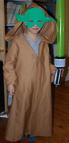 déguisement maitre yoda d 233 guisement maitre yoda taille 8 ans se compose ma d 233 lires