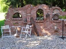 Gartendeko Ruinenmauern