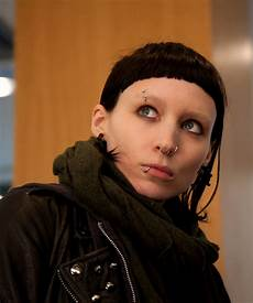 girl with the dragon tattoo sequel new cast director
