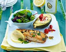 Gegrillter Lachs Und Avocado Das Perfekte Sommer Rezept