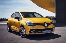 2017 Renault Clio R S Unveiled With Light Facelift