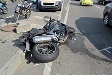 Unfall Mit Winterreifen Im Sommer Verkehrsrecht 2019
