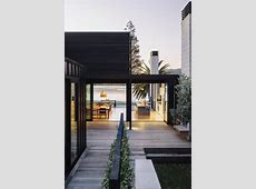 The 25  Black House Exterior Design of Pure Darkness