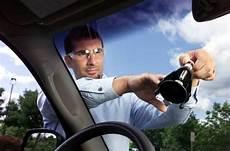 glass auto service safe convenient mobile auto glass service