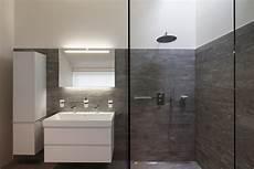 begehbare duschen bilder finding the right shower style for your bathroom