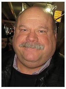 Kevin Serie - kevin chamberlin