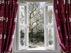 Schlafen Bei Offenem Fenster Vor Allem In Der Kalten