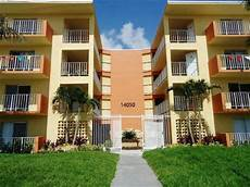 Apartment For Rent In Miami by Royal Place Apartments In Miami Fl Miami Apartment For