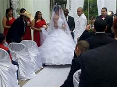 texas couple s wedding day saved by strangers from
