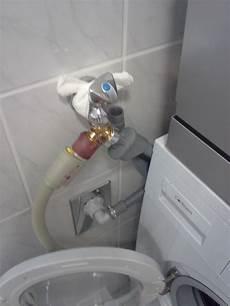 waschmaschine und spülmaschine an einen wasseranschluss wie bekomme ich eine waschmachine und einen geschirrsp 252 ler