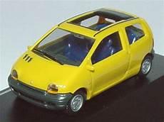 1 87 Renault Twingo Mit Faltdach Offen Gelb Pc Modell Ebay