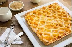 benedetta rossi crostata con crema pasticcera crostata di pasta sfoglia con crema furba e pesche fatto in casa da benedetta rossi ricetta