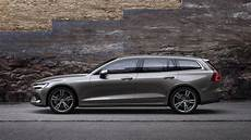 2019 Volvo V60 Is Your New Lustworthy In Wagon Roadshow