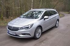 Opel Astra K 2017 Benzyna 150km Kombi Srebrny Opinie I