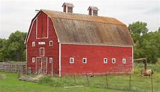 5 Tips To Renovate Your Barn And Keep Its Historic Charm