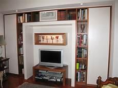 mobile libreria a parete parete con libreria mobili moderni realizzazione in legno