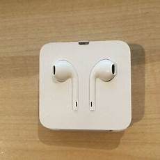 Iphone 7 Earpods Genuine Apple Iphone 7 7 Plus Lightning Earpods
