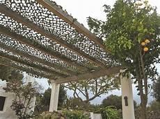 Pergolas Abris De Jardin Pour Se Prot 233 Ger Du Soleil En