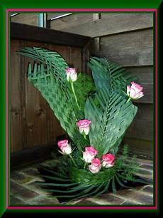 Tressage De Feuilles De Palmier Composition Florale