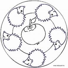 Ausmalbilder Igel Mit Apfel Herbst Mandala Im Kidsweb De