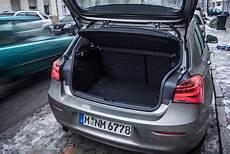 Der Kofferraum 360 Liter Reicht F 252 R Die Allt 228 Glichen