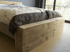 Bauholz Bett Floris I Doppelbett Hergestellt Aus Bauholz