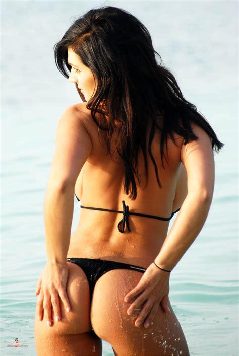 Denise Milani Workout Routine