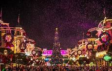 2019 mickey s very merry christmas party tips disney tourist blog
