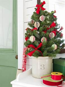 Cheap Decorations by 26 Inexpensive Tree Decoration Ideas