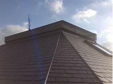 toiture ardoise naturelle opter pour un toit en ardoises naturelles choisir une