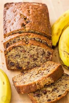 banana bread recipe video natashaskitchen com
