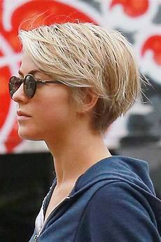 45 of the all time best pixie cuts julianne hough short hair pixie styles and