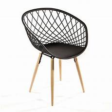 chaise design en polypropyl 232 ne et bois naturel sidera
