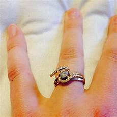 what does it mean when your engagement ring breaks before