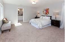 Bedroom Ideas Beige Carpet by Contemporary Master Bedroom Gray Wall Beige Carpet