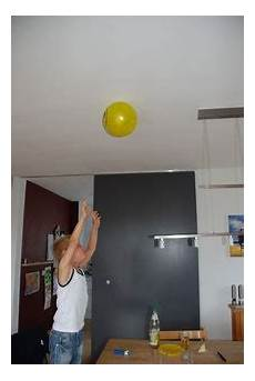 Quot Anziehender Quot Luftballon Nela Forscht