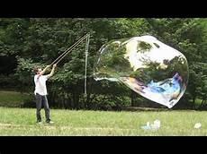 bulle de savon géante spectacle de bulles de savon g 233 antes et belgique