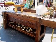 Altes Holz Bearbeiten - trinkets treasures from the randolph market