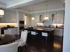 Kitchen Floor Tile Or Hardwood by Hardwood Flooring Vs Tile In The Kitchen