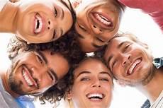 6 Cara Gak Terduga Untuk Membuat Orang Terdekatmu Bahagia