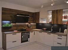 küche in l form gem 252 tliche moderne k 252 che in l form chalet eiche und