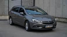Opel Astra K 2016 Benzyna 150km Kombi Szary Opinie I