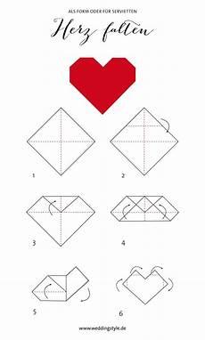 Vorlagen Herzen Malvorlagen Anleitung Origami Herz Falten Als Lesezeichen Oder Serviette